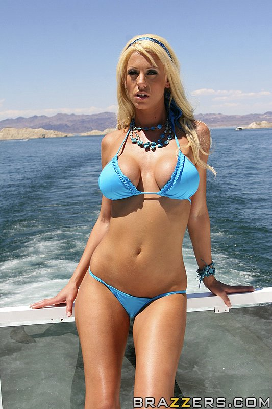 busty-pornstar-tanya-james-gets-pounded-hardcore-at-the-boat-tour