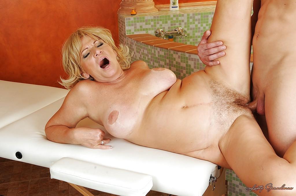 Фото секс старих блондинки